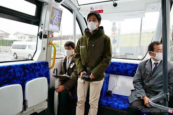 self-driving buses